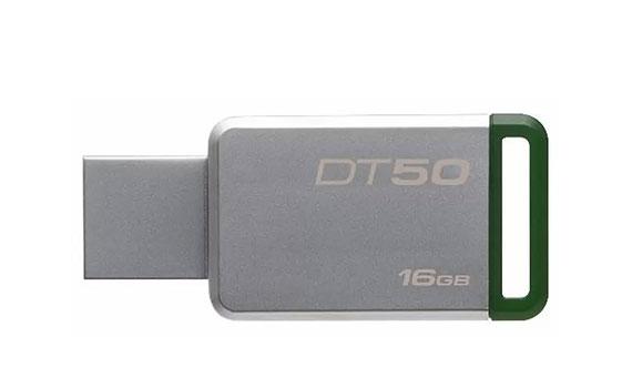 USB Kingston 16GB DT50 màu trắng xanh sử dụng tiện lợi