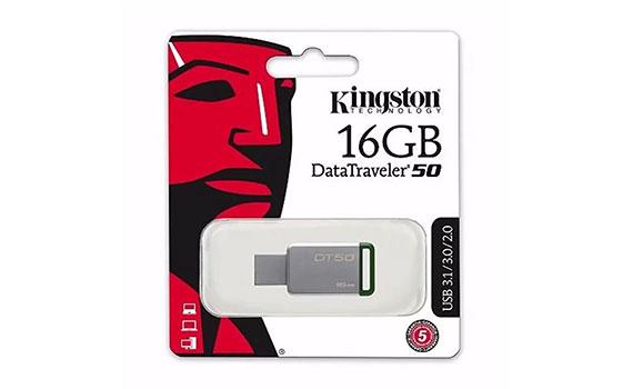 USB Kingston 16GB DT50 màu trắng xanh kết nối qua cổng USB 3.0