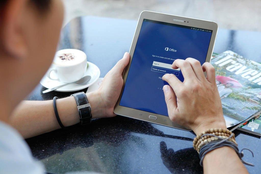 Máy tính bảng Samsung Galaxy Tab S2 thích hợp với nhân viên văn phòng
