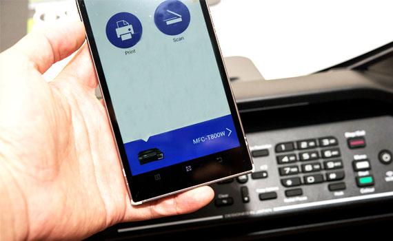 Máy in phun Brother MFC-T800W hỗ trợ kết nối Wi-Fi tiện lợi