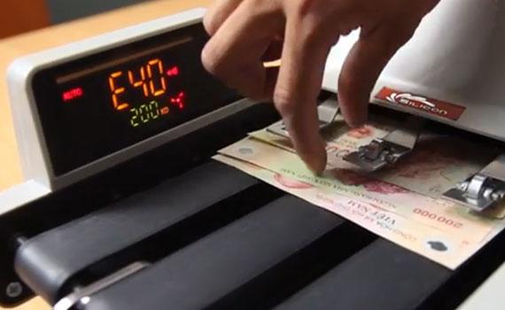 Máy đếm tiền mua ở đâu tại TPHCM