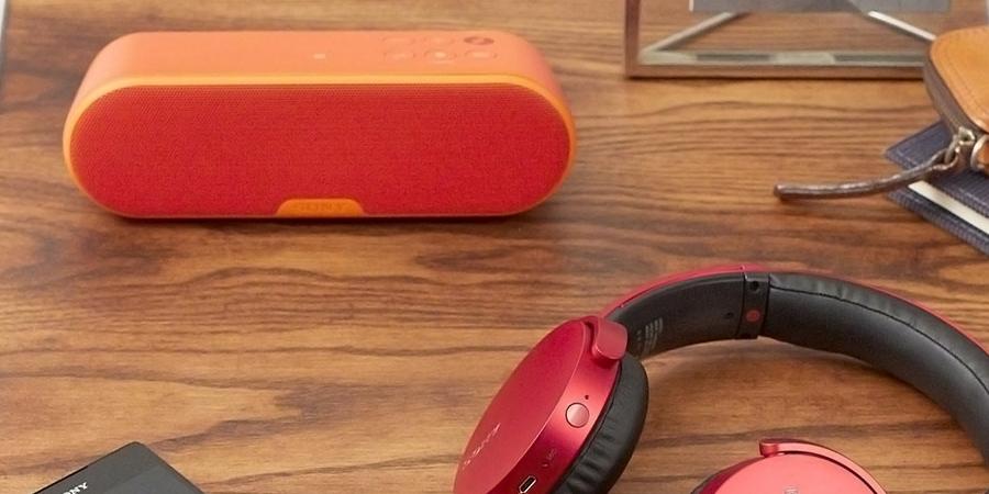 Mua loa di động ở đâu tốt? Loa không dây di động Sony SRS-XB2 đỏ