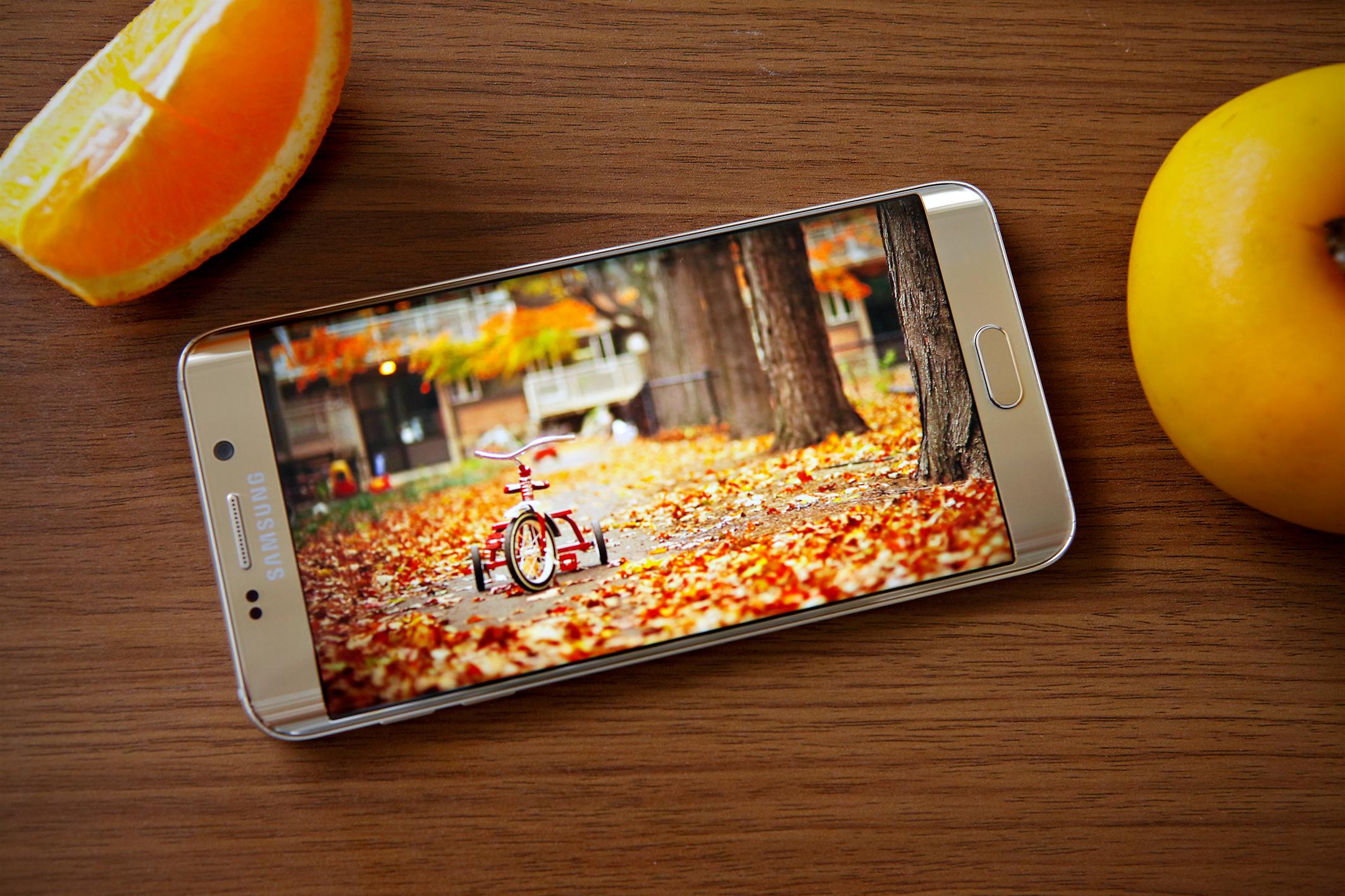 Diện mạo Galaxy S6 Edge Plus và Note 5 đẹp và độc