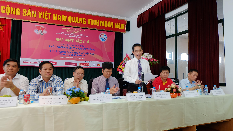 Nguyễn Kim tài trợ Đoàn thể thao Việt Nam Sea Games 28