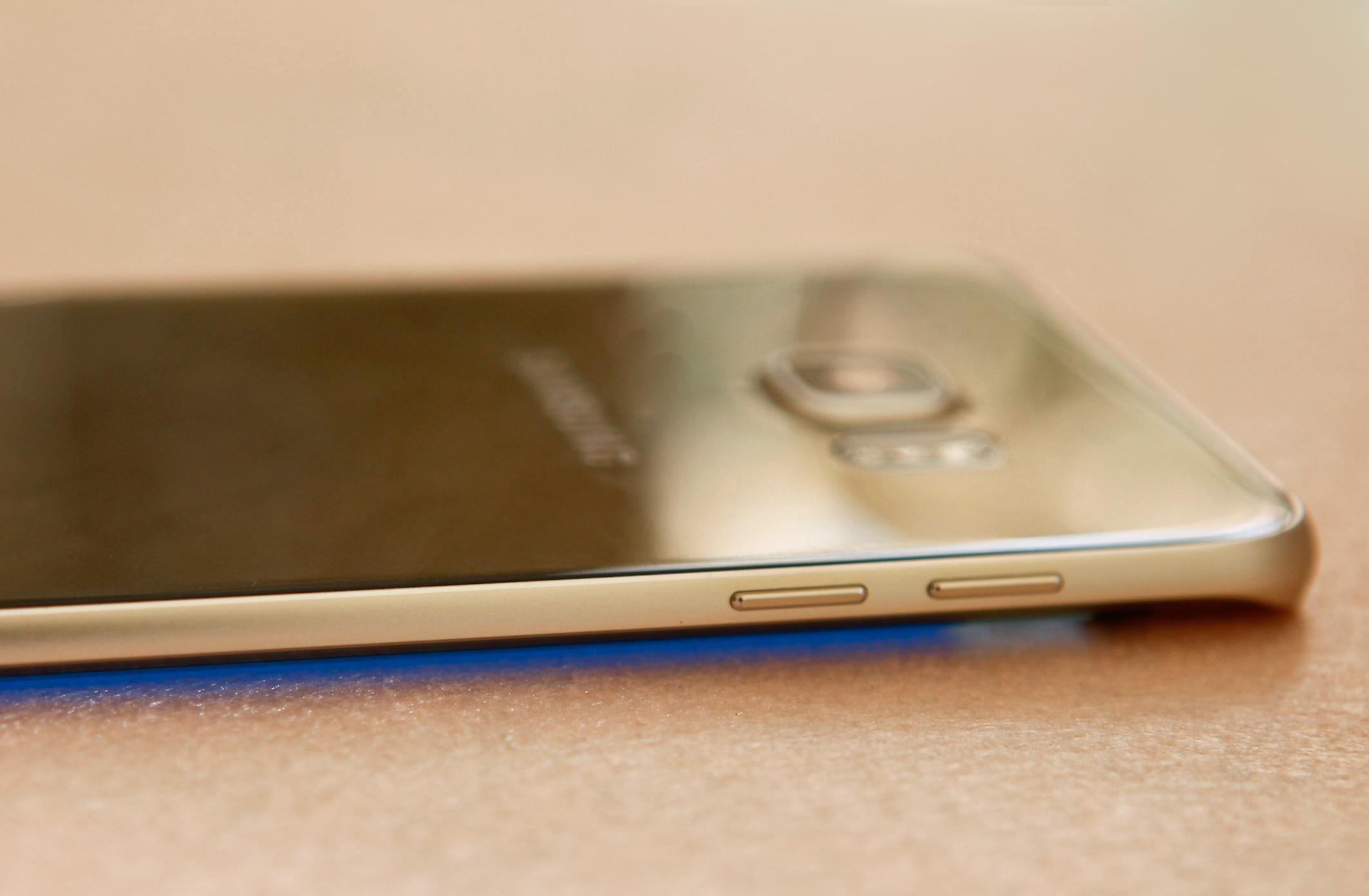 Samsung Galaxy S6 Edge Plus màn hình siêu đẹp