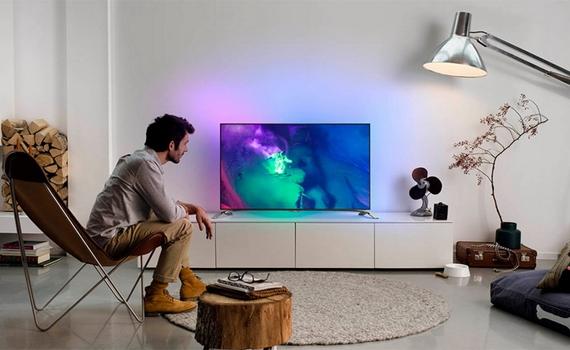 Tivi Internet Panasonic TH-32DS500V thiết kế nhỏ gọn