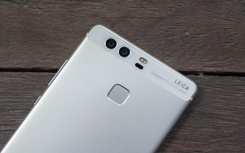 Cảm biến lớn hơn nhưng điện thoại vẫn rất thanh mảnh