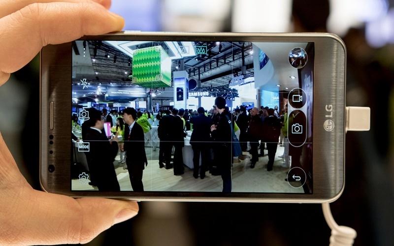 MĐiện thoại LG X Cam sở hữu camera kép với mức giá tầm trung