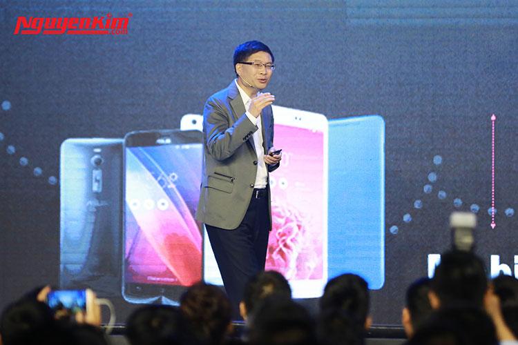 Họp báo ra mắt điện thoại Asus Zenfone 3