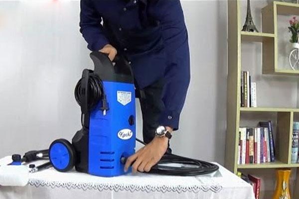 Kiểm tra các chi tiết bên trong khi phát hiện máy phun xịt rửa có vấn đề