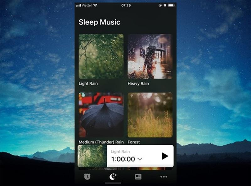 Bên cạnh chức năng báo thức, Alarmy còn cung cấp thêm cho bạn chức năng ru ngủ với những bản nhạc không lời, tiếng đàn, tiếng mưa... đưa bạn vào giấc ngủ dễ dàng hơn.
