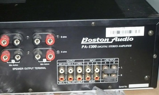 Amply Boston Audio PA-1300 có công suất mạnh mẽ
