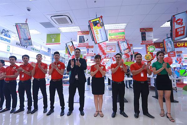 Đội ngũ nhân viên chuyên nghiệp đã chờ đợi sẵn để tư vấn cho khách hàng những sản phẩm tốt nhất!