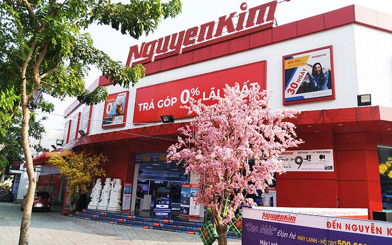 TTMS Nguyễn Kim Quang Trung nổi bật tại môt góc đường Quang Trung, mang đến cho bạn không gian mua sắm thoải mái nhất