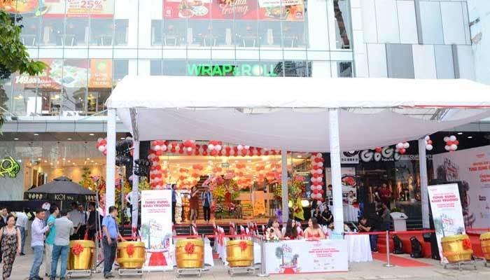 Chuẩn bị khai trương Nguyễn Kim Saigon Mall