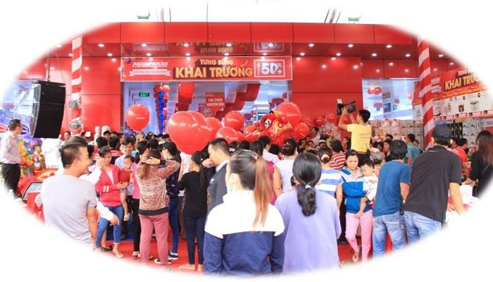 TTMS Nguyễn Kim Trảng Bom chính thức mở cửa và chào đón rất đông khách hàng đến tham quan và mua sắm