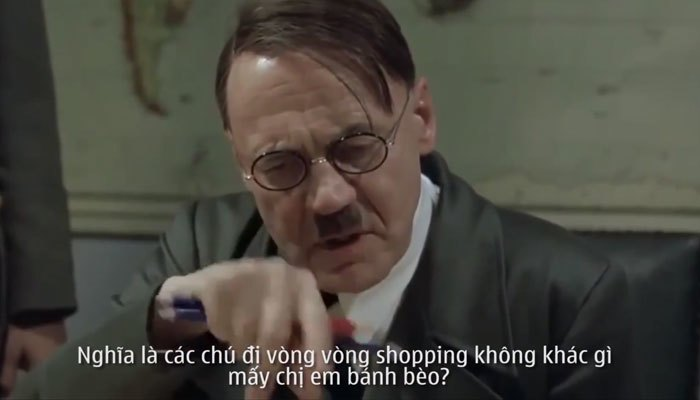 Hitler chuẩn bị chỉ đàn em cách săn hàng