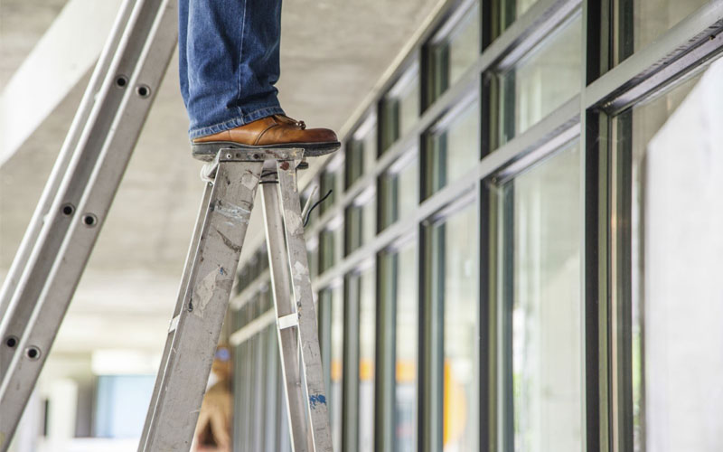 Chú ý đến thang nhôm trong quá trình sử dụng để đảm bảo an toàn