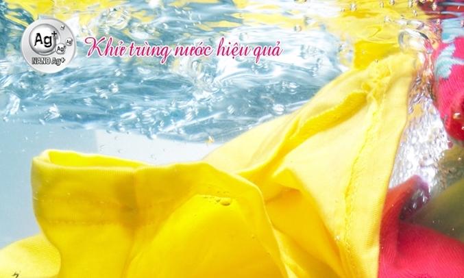 Máy giặt Aqua 9 kg AQW-DQW90ZT khử trùng nước bảo vệ làn da