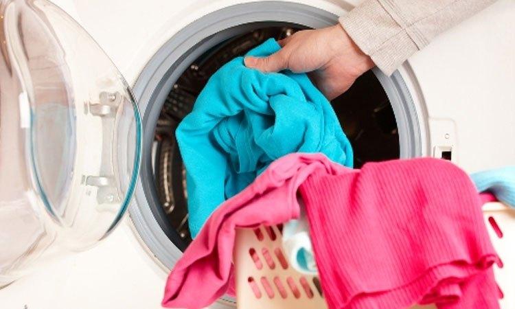 Thiết kế với lồng giặt lớn, giặt sạch quần áo nhanh chóng