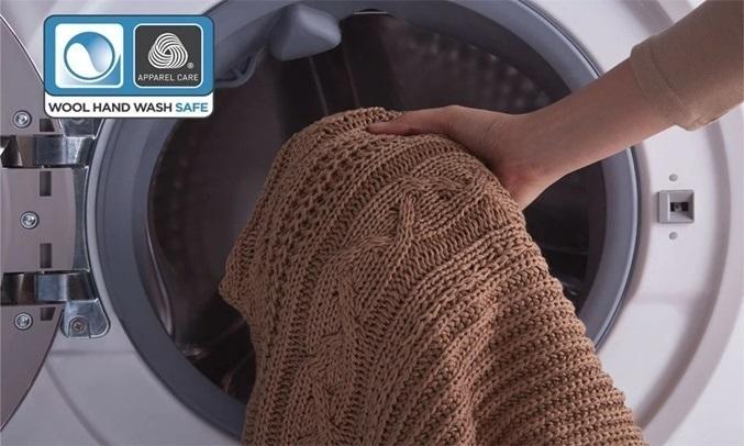 Máy giặt Electrolux Inverter 10 kg EWF1024BDWA - An toàn với trang phục len