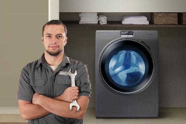 Liên hệ các trung tâm bảo hành máy giặt nếu phát hiện vấn đề vượt quá khả năng bản thân