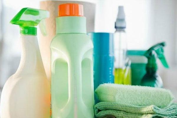 Những chai hóa chất này sẽ khiến da bạn biểu tình mãnh liệt và không tốt cho máy giặt