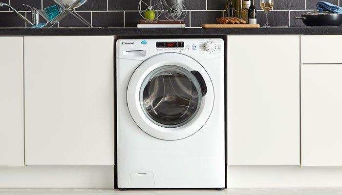 Chiếc máy giặt hiệu Candy vừa sang trọng vừa giặt giũ nhanh