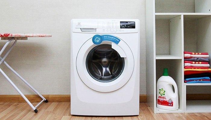 Máy giặt Electrolux EWF80743 tôn lên vẻ sang trọng cho nhà bạn