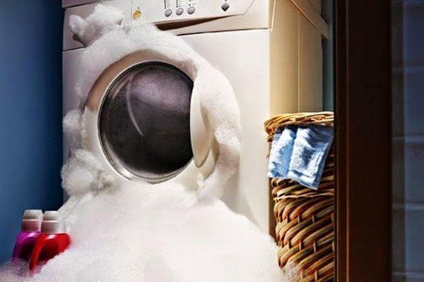Cách xử lý máy giặt bị trào bọt