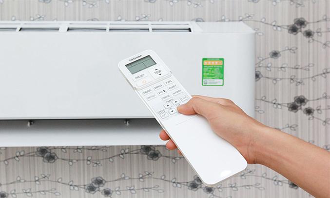 Máy lạnh Toshiba RAS-H10BKCVS-V hẹn giờ thông minh