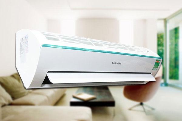 Với ngoại hình sang trọng, máy lạnh Samsung còn giúp trang trí cho không gian nhà ở của bạn thêm tinh tế và hiện đại