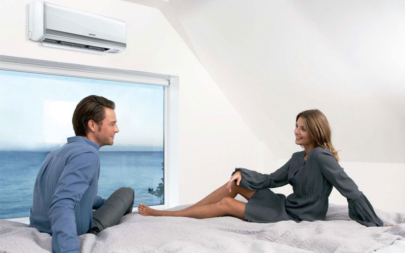 Sử dụng máy lạnh với tần suất cao sẽ khiến chi phí điện năng hàng tháng tăng cao, làm sao để khắc phục