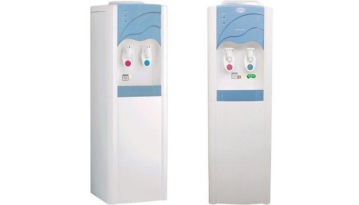 Máy nước nóng lạnh này nhỏ gọn, không tốn nhiều diện tích văn phòng