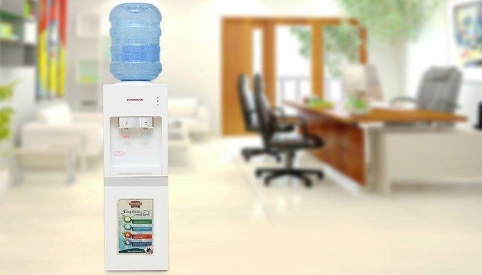 Máy nước nóng lạnh ngày nay vô cùng đa dạng kiểu mẫu