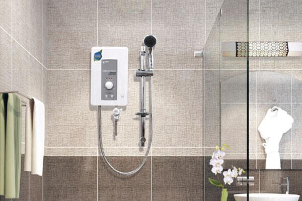 Việc bật máy nước nóng cả ngày không hề tốt như bạn tưởng mà chỉ khiến tiêu hao điện năng thêm mà thôi!