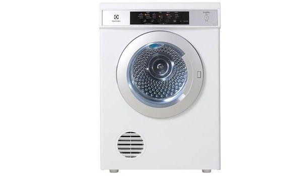 Máy sấy quần áo Electrolux 7.5 kg EDS7552 màu trắng chính hãng, giá tốt tại nguyenkim.com