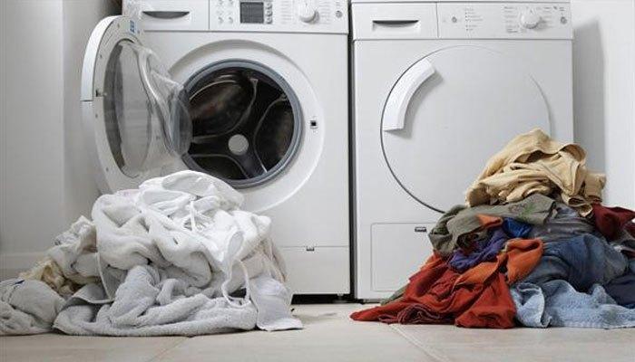 Phân loại vải trước khi cho vào máy sấy quần áo