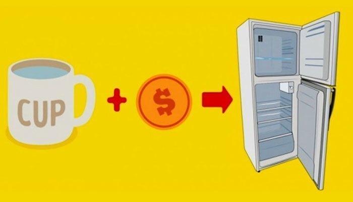 Bỏ đồng xu trong cốc nước vào tủ lạnh để kiểm tra tình trạng hoạt động của tủ khi bạn vắng nhà