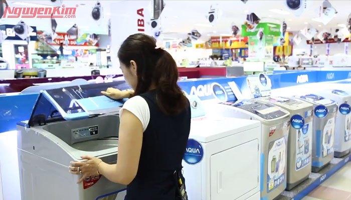 Chọn máy giặt lồng đứng nếu gia đình bạn diện tích khiêm tốn