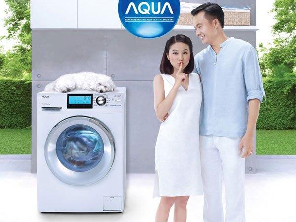 Đến ngay 1 trong 5 Trung tâm mua sắm Nguyễn Kim gần nhà để được giặt đồ miễn phí bằng máy giặt Aqua bạn nhé!