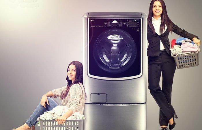 Máy giặt LG TWIN Wash giặt sạch vết bẩn nhanh chóng