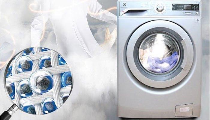 Dùng máy giặt vào sáng sớm
