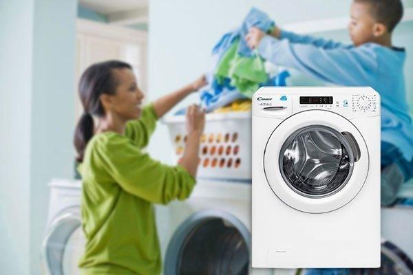 Máy giặt Candy CS1482D3/1-S giúp bạn giặt được khối lượng lớn quần áo cho mỗi lần giặt