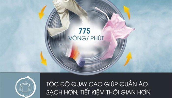 Quần áo sẽ khô nhanh chóng với tốc độ quay mạnh mẽ của máy giặt Aqua