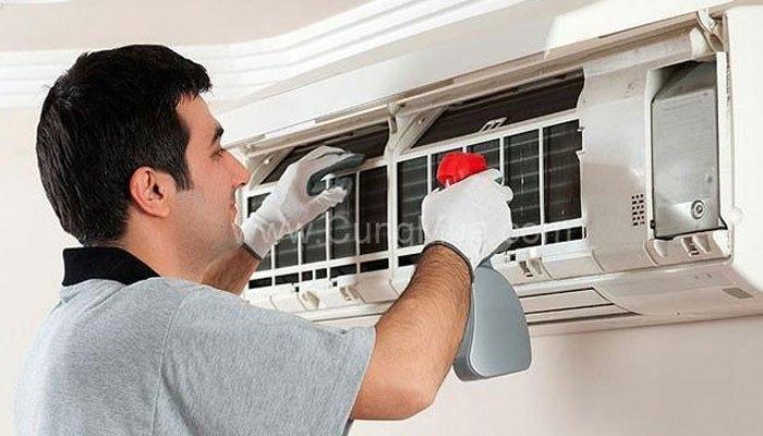 Thường xuyên bảo quản máy lạnh để tiết kiệm điện