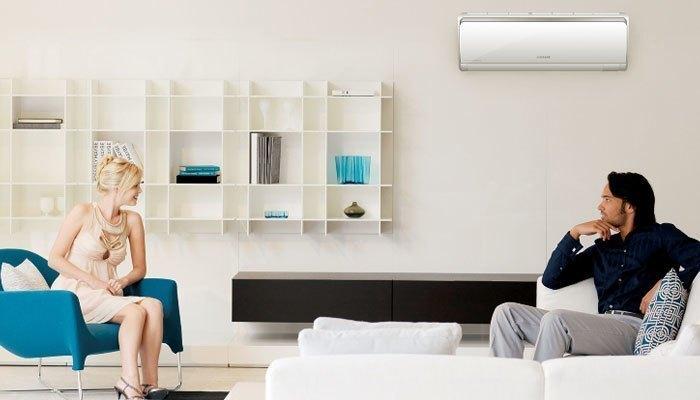Đặt máy lạnh trên cao giúp tránh vật cản