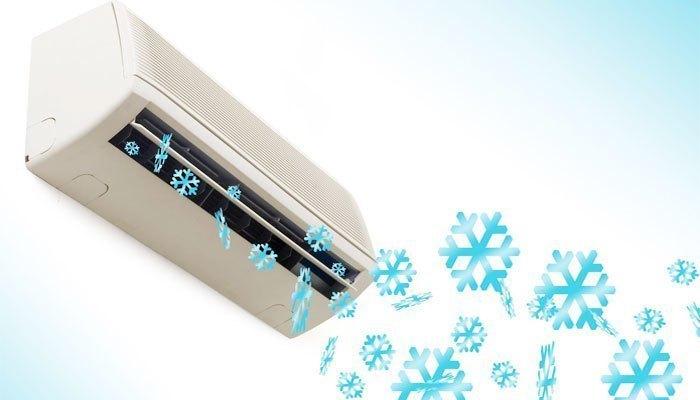 Nhà bếp có nên lắp máy lạnh?