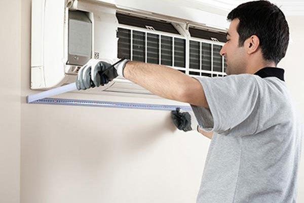 Nên vệ sinh dàn lạnh của máy lạnh thường xuyên