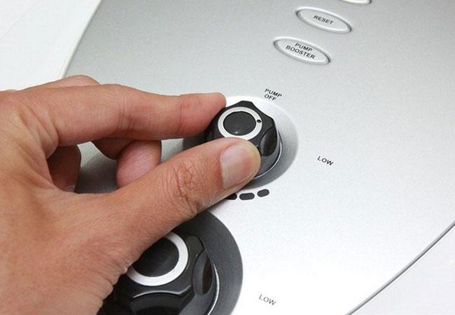 """Thử hạ nhiệt máy nước nóng, hóa đơn tiền điện hàng tháng của bạn sẽ """"dễ thở"""" hơn đấy!"""